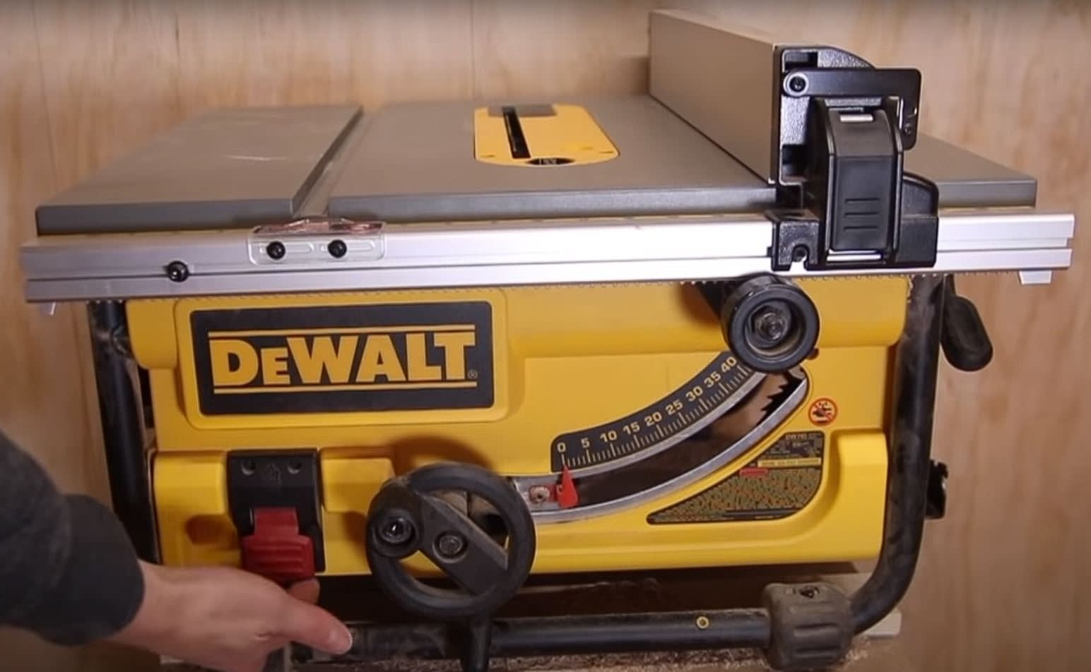 DEWALT DW745 10-INCH Table Saw Review